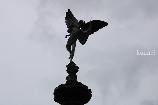 ロンドン ピカデリーサーカスエロス像